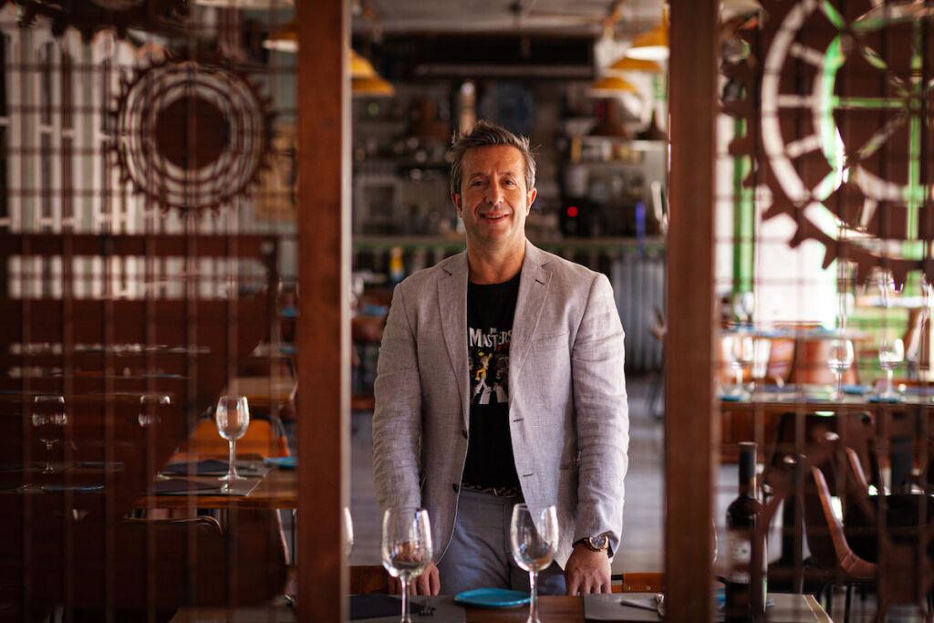 Alberto Morera dueño de Hemisferio Loft